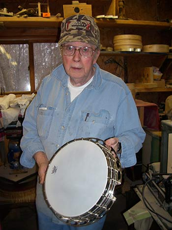 Banjo maker Jimmy Cox